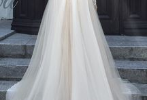 WEDDING DRESS / Ispirazioni per abiti da sposa e per la cerimonia