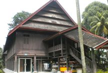 Fawzaan = Rumah Adat Nusa Tenggara Barat