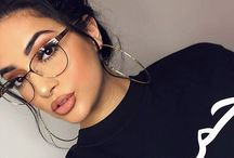 Glasses makeup