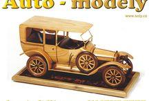Luxusní dřevěné modely vozidel / Ručně vyráběné modely vozidel ze dřeva. Modely byli dodávány přes Škoda Auto všem našim českým prezidentům.