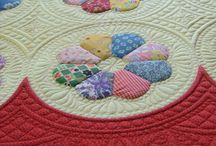 Quilts / Inspiration and quilts to add to my 'to-do'list'  / by Jo Loves to Quilt