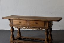 Tables Antiques