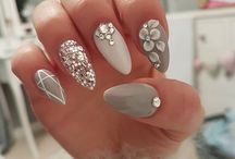 achrylic nails