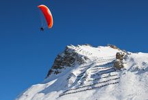 Avoriaz paragliding / Achieve man's oldest dream: fly! Paraglider flights are about 10 to 15 minutes long depending on the aerology.  Evolution 2 Avoriaz presents you this amazing experience, where you will instantly feel free and safe with your tandem pilot.