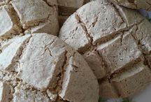Brot & Brötchen / Ein frisch gebackenes Brötchen, noch warm aus dem Ofen ist doch etwas Feines! Hier findest du das Rezept dazu!