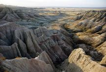 """Badlands National Park / Dating back 37 million years, Badlands National Park is one of the world's richest Oligocene epoch fossil beds. Upon discovering the area, the Lakota called it """"Mako Sica"""" or """"Bad Land."""""""