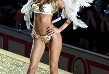 Victoria Secret Fashion Show 2010 - Heavenly Bodies