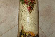 telhas e garrafas decoradas com decopage