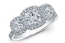 Three Stone Rings / Beautiful three stone style diamond rings