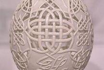 oeufs sculptés