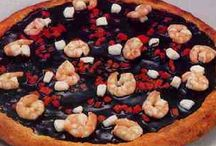 9 of the Most Bizarre Pizza Toppings You'll Ever See!