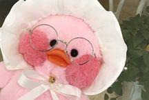pouty duck