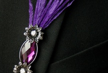 Boutonnieres: Brooches and Pins / Boutonnieres made from and including brooches and pins. #boutonnieres #buttonholes #groom #groomflowers #wedding #broochboutonniere #broochbuttonhole #pinboutonniere #pinbuttonhole