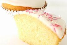 Desserts/cakes etc