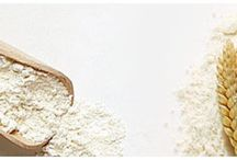 Flour / Flour made of selected wheat grains from the Cretan land. Ideal for cooking and confectionery.