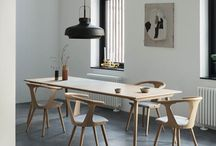 Knock on wood / Welcome nature inside by decorating your home with wooden furniture. Use white oiled oak for at light and fresh look, or bring some edge to the room with smoked- or even black stained oak.