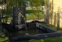 Un bassin dans mon jardin / Idées originales pour intégrer un bassin ou un point d'eau dans nos jardins.