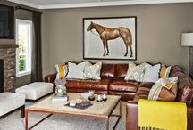 Living room ideas / Leather & yellow