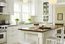 Kitchens / by Missi Shumer