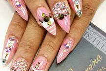 stilleto nail art