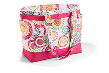 Thirty-one / Beautiful bags and organizing items that you can have personalized just as you like.
