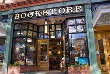 Bookstores/Libraries / by Donna