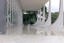 La elipsis arquitectónica / Exposición temporal sobre nuevas visiones de la arquitectura. Sala de exposiciones temporales del Memorial del 68 del Centro Cultural Universitario Tlatelolco.