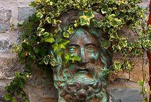 sochy v zahradách