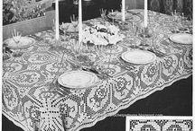 Gehaakte tafelkleden/ Crocheted tablecloths