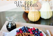 {Recipes} Mmmm...Breakfast! / Breakfast and brunch recipes, including eggs, omelets, frittatas, waffles, pancakes, muffins, oatmeal, baked oatmeal, overnight oats, granola, granola bars, breakfast cookies, scones, and so much more!