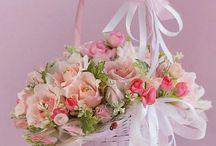 Koszyk z kwiatami