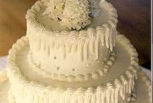 Cakes, Frostings and Decorating / by Carolyn Carolla