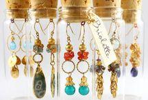 Craft:-Jewellery=Displays