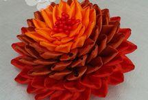 Kanzashi, mis creaciones. cillchile.wix.com/floresydestellos / Piezas elaboradas a mano por Carolina Isabel Llanos en Santiago de Chile.