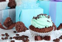 St. Patrick's Day Sweets / Celebrate St. Patrick's Day right with these tasty mint desserts! Shakes, muffins, mint patties, and so many other decadent desserts are featured in this tasty holiday collection!