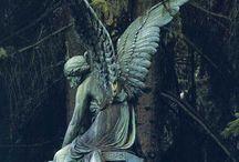 SPRECHENDE STEINE / Skulpturen