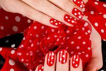 Nails / by Heidi Hughes