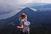 山と女の子