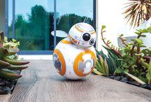 Droiden / Der App-gesteuerter Drohte BB-8 von Sphero Hier ist der Droide, den Sie gesucht haben!  Der BB-8 Droide
