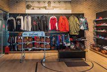магазины спортивной одежды и спортивного инвентаря / Мебель, торговое оборудование, торговая мебель, дизайн магазинов спортивной одежды и спортивного инвентаря от компании МДМ