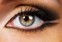Makeup &. Nails / by Nessa Pie