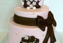Kyla cake ideas / by Vanessa Hadcock