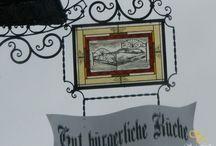 ólomüveg címer, cégtábla