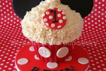 Cupcake ideas / by Juanita Buchanan