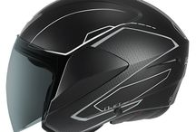 HELMETS D-JET VISION / THE D-JET IS THE IDEAL OPEN FACE MODEL. ELECTRIFY BY ITS UNIQUE INNOVATIVE AND FUTURISTIC DESIGN, REDUCED WEIGHT AND EXCEPTIONAL COMFORT.