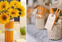 Wedding Ideas - School theme / Pictures and ideas to plan a school theme wedding. Centerpieces, invitations, favors, photobooth, tableu de mariage and more.