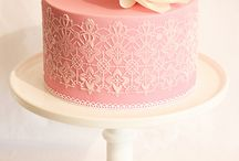 Less is more... / Cakes that are simple but are very, very beautiful. And chic!