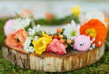 L I N D S A Y + J E R E M Y / www.youarecharming.com | Florist: Charming | Photographer: Haley Ringo