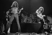 Robert Plant and his most flattering gig pants