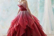 Balo elbisesi
